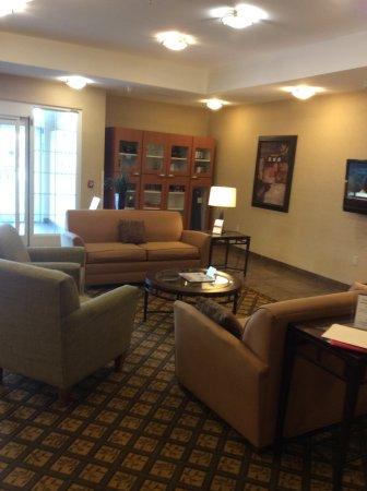 Candlewood Suites Indianapolis Northwest: Lobby Area