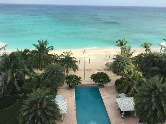 Caribbean Club: View from 6th floor ocean view villa