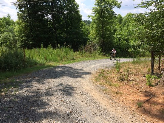 Kings Mountain, Carolina del Norte: From our ride Sunday June 26