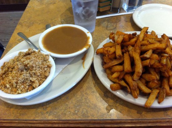 Clarenville, كندا: Our first taste of fries/stuffing/gravy.
