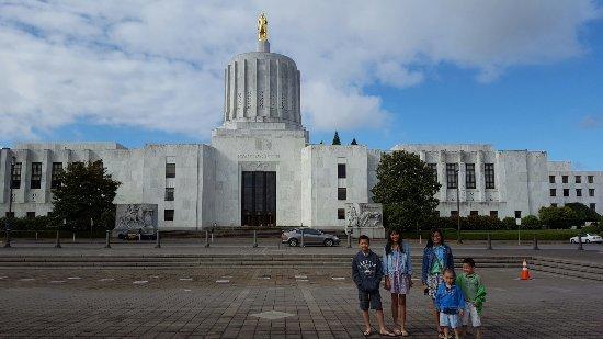 Oregon State Capitol: 20160624_083816(0)_large.jpg