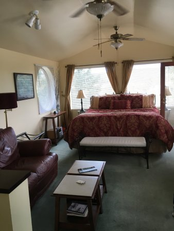 Hillside House Bed and Breakfast: photo3.jpg