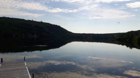 Saint Aime Des Lacs, Canada: Lac face au gîte!