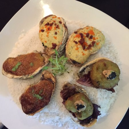 Ninyo Fusion Cuisine: Trio of oysters