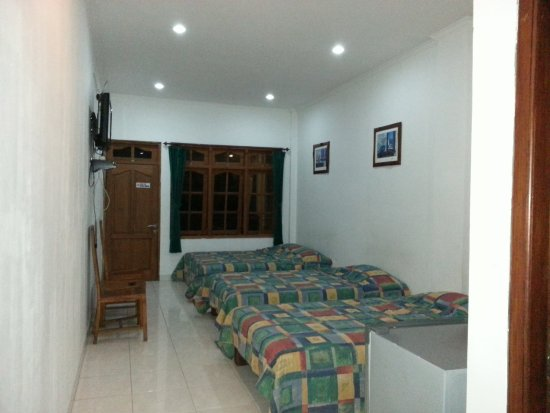 Melati View Hotel: Family Room with 4 person capacity.