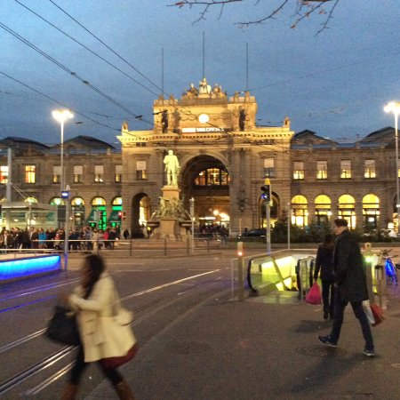 Zurich Airport to Zurich City Center | zuerich.com