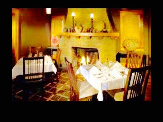 Fig Tree Restaurant: photo1.jpg