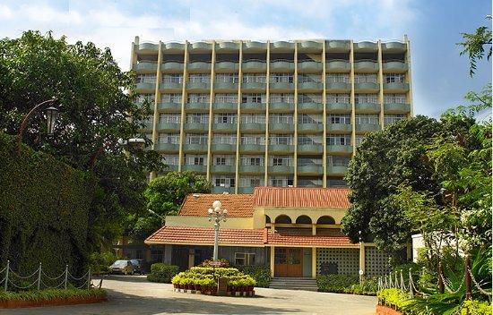 Woodlands Hotel : Heart of Bangalore. Budget property.