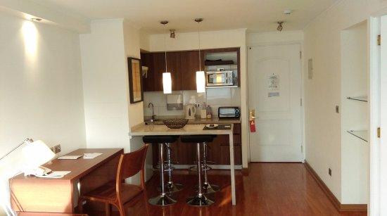 Time Suite: Workstation & kitchen