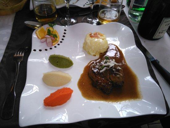 Goderville, Francia: filet de boeuf sauce foie gras