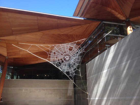 Auckland Art Gallery Toi o Tāmaki: John Ward Knox 'Hardly Held Lightly' - giant spider webs made from chains