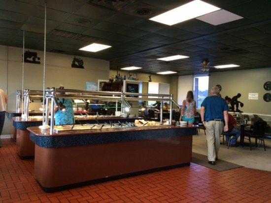 Van Buren, AR: The buffet was clean and well-stocked