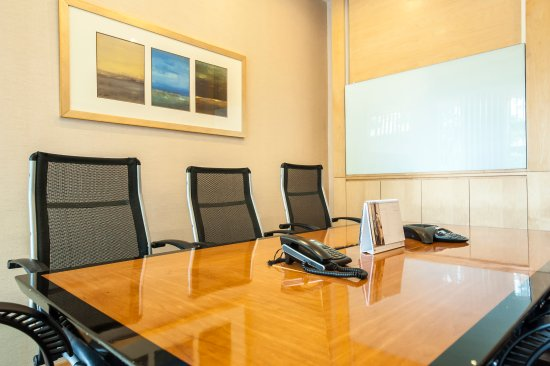 Lanson Place Winsland: Meeting Room