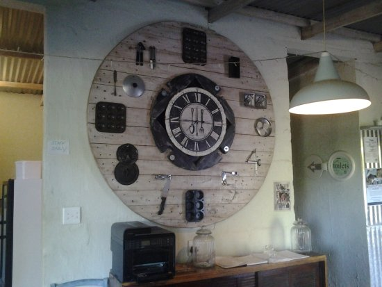 Bathurst, Güney Afrika: Culinary clock!