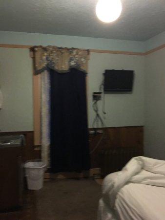 The Alaskan Hotel & Bar: photo3.jpg