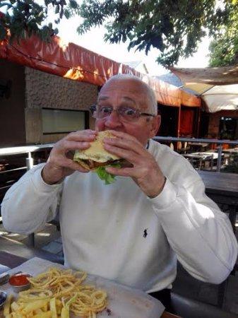 Edenvale, Sydafrika: Killer burger