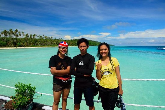 Derawan Islands, Endonezya: my sister and I took photo with our guide Karto