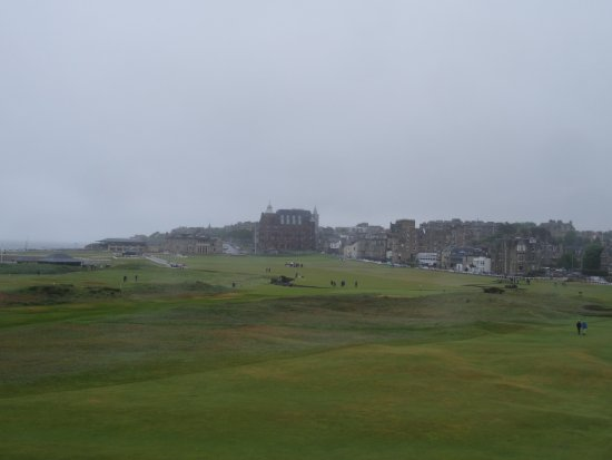 Old Course Hotel, Golf Resort & Spa: towards St Andrews