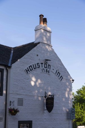 Houston, UK: the facade of pub
