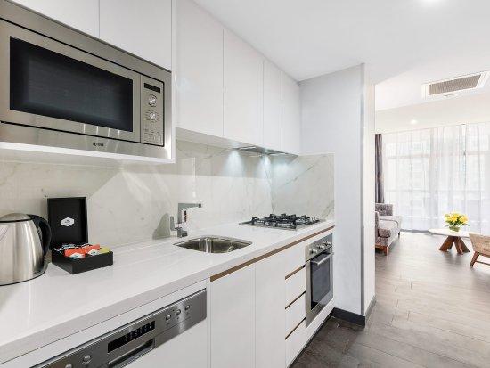 Meriton Serviced Apartments, North Sydney