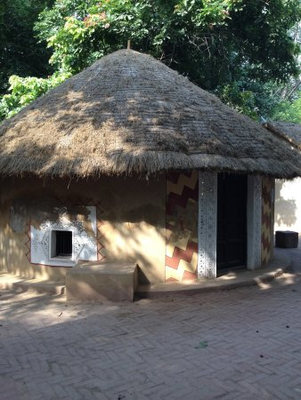 Madhya Pardesh Hut Style Picture Of National Handicrafts And