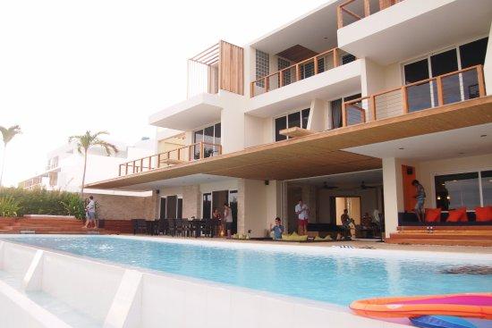 Cohiba Villas: Swimming Pool area