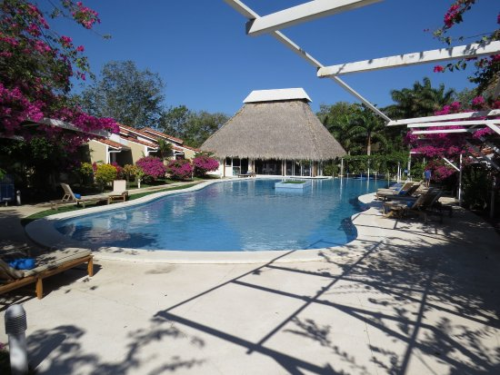 BEST WESTERN Tamarindo Vista Villas: Our oasis