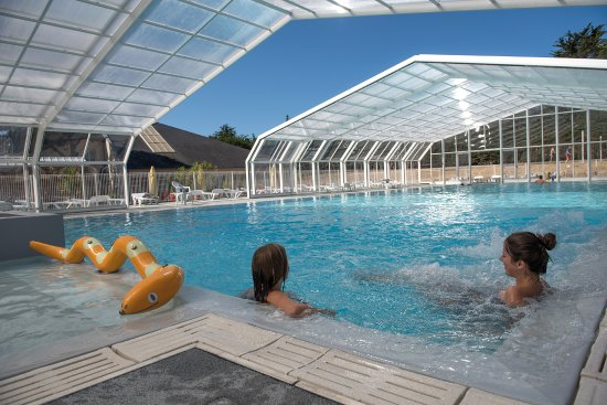Flower camping le bois d 39 amour updated 2017 campground for Camping piscine quiberon