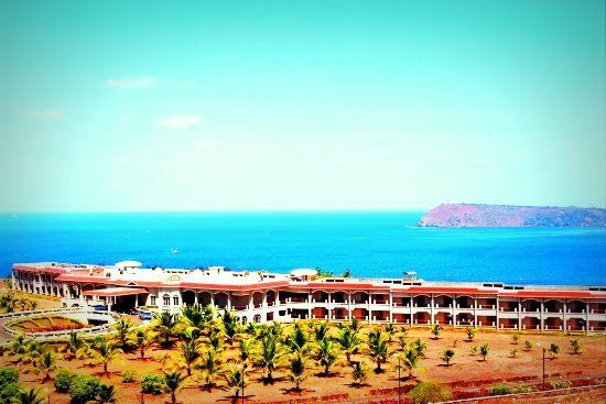 Kohinoor Samudra Beach Resort: The Majestic & Breathtaking View of Kohinoor Samudra