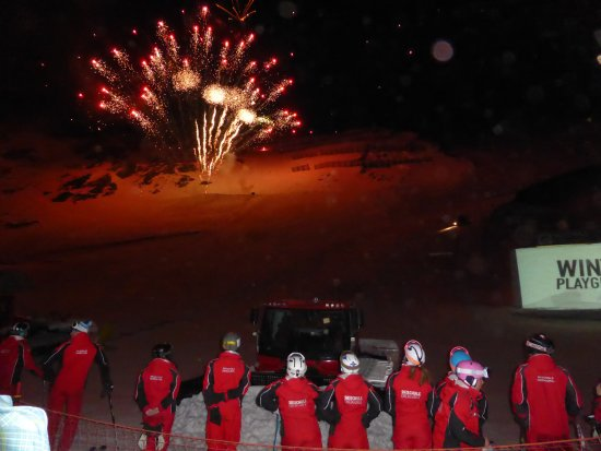 Crystal Sportiv: Obergurgl ski school display - every Tuesday evening during the ski season. Brilliant evening!