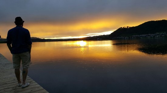 Camping Hopfensee: schöner Sonnenuntergang am Hopfensee