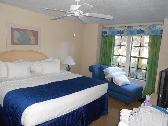 Polynesian Isles Resort: Master Bedroom