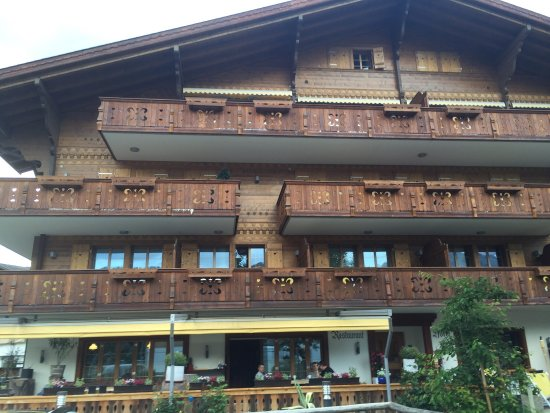 Hotel Bellerive Gstaad: photo0.jpg