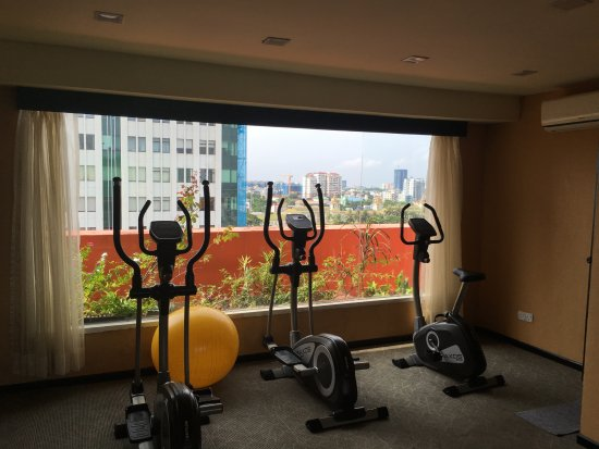 East Hotel: Mini-gym