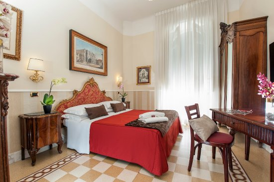 Carlito Hotel and Hostel: Private Double Room