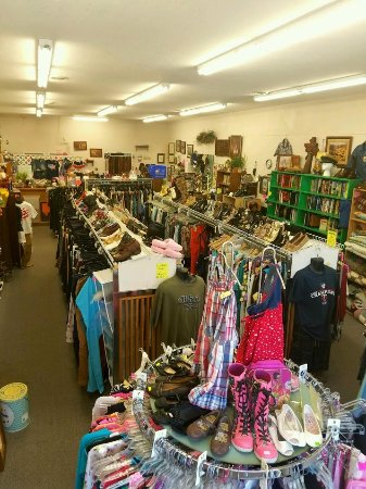 Lindstrom, MN: Fashion, collectible, everyday living Recycled Wardrobes North Branch