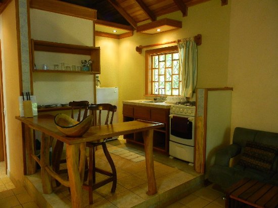 El Nido Cabinas: kitchenette fully equipped