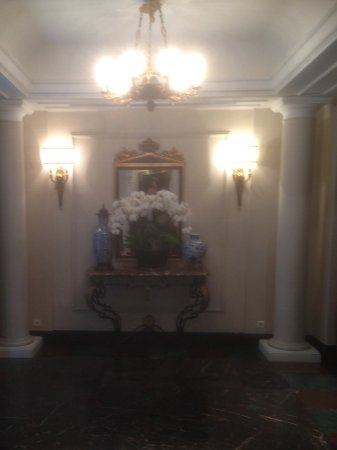 Hotel Francois 1er : Entrance Hall