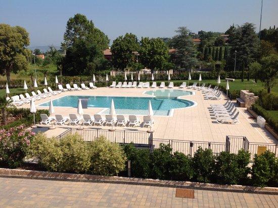 Residence borgo mondragon lazise italien lejlighed - Piscina g conti verona ...