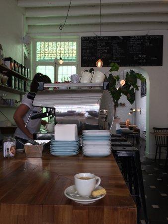 Ótimo para um cafezinho depois do almoço e antes da aula  @DOcoleurope