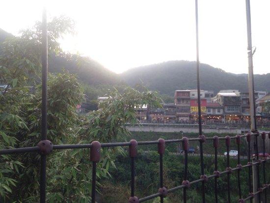 18 Fen Guai Zun Trail