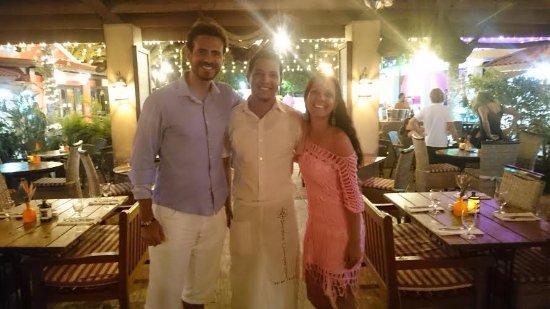 Papillon Restaurant: Garçom Venezuelano super gente boa, nos deu em excelente atendimento.