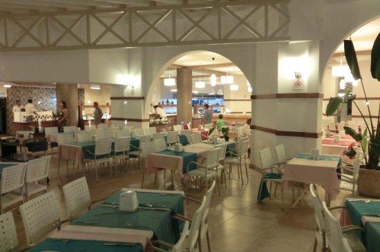 Club Muskebi: salle à manger
