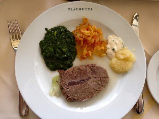 Tafelspitz picture of plachutta hietzing vienna for Austrian cuisine vienna
