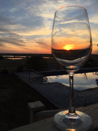 Weimar, TX: Wines and sunsets