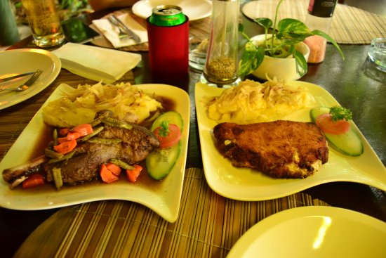 Kuala Teriang, ماليزيا: our dinner