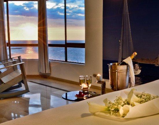 Hotel Regatta Cartagena: Decoración romantica