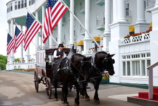 Grand Hotel: No cars on the island. Horses and carriages take the day!