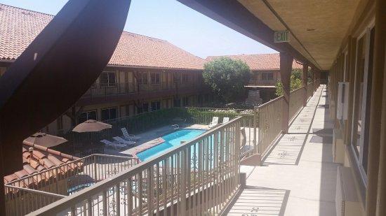 Ayres Lodge & Suites Corona West: 20160625_151515_large.jpg