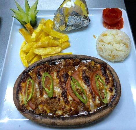 Caretta Pizza Restaurant: Mousakka